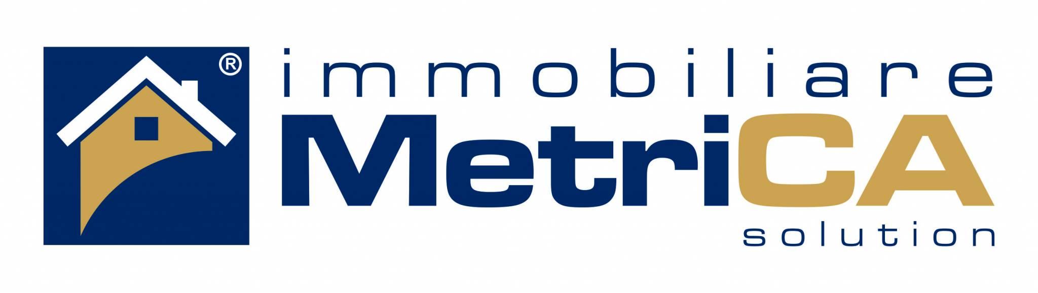 logo agenzia IMMOBILIARE METRICA STUDIO DEL CORSO